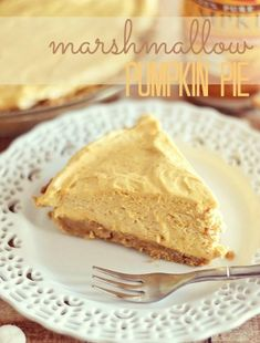 Marshmallow Pumpkin Pie (No Bake)   (Ingredients:  Graham Cracker Crumbs, Sugar, Butter, Pumpkin Puree, Mini Marshmallows, Cinnamon & Heavy Cream.)  - Kitchen Meets Girl