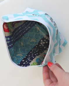 Oh. THAT Annelie...: DIY Project: Waterproof Swimsuit Bag Tutorial
