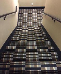 non salite le scale ubriachi #madai