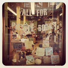 fall bookstore window display - Google Search