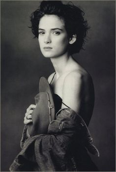 By Annie Liebovitz (of Winoner Ryder) ...I would REALLY like to draw this as a Head & Shoulder portrait. I wonder what my chances are of getting copyright permission?????