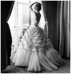 Vestido de Elsa Schiaparelli años 50