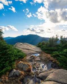 New Hampshire's 28 Most Popular Hikes (According to Google)
