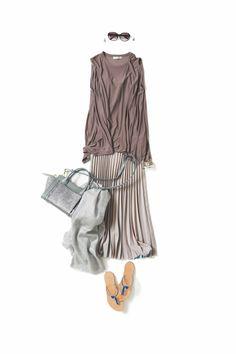 Kyoto Kikuchi's Closet #kk-closet  やわらかに、やさしく Japanese Outfits, Japanese Fashion, Skirt Fashion, Hijab Fashion, Beige Top, Flatlay Styling, Well Dressed, Outfit Sets, Daily Fashion
