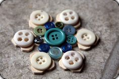 buttons snowflake ornament #handmade #christmasornament #buttoncrafts