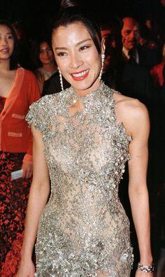 Michelle Yeoh, Star Trek Crew, James Bond Movies, Pretty Woman, Bella, Asian Beauty, Actresses, Female, Formal Dresses