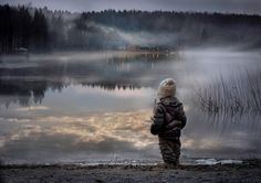 Russian Mother (Elena Shumilova) Takes Magical Pictures of Her Two Children On Her Farm Magical Pictures, Cool Pictures, Beautiful Pictures, Autumn Pictures, Amazing Pics, Beautiful Scenery, Awesome, Foto Baby, Jolie Photo