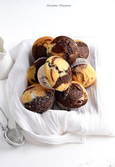 Łaciate babeczki | Nastoletnie Wypiekanie Home Food, Cake Recipes, Food And Drink, Baking, Breakfast, Sweet, Food Cakes, Cupcake, Mad