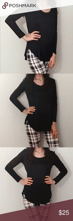 SALE🎉Black long sleeve top Very cute long sleeve scoop neck jersey knot  top Fabric:95% RAYON 5% SPANDEX. Match it with out plaid leggings also for sale! Tops
