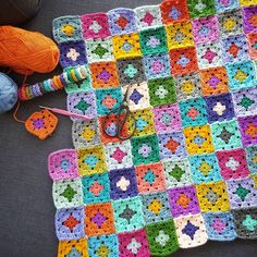 #crochet #babyblanket #formybaby #blanketinthemaking #colorful #grannysquares #crochetwip #sucrettesgrannysquaresblanket #somuchlove #ilovegrannysquares  #stylecraft #stylecraftspecialdk #stylecraftlifedk #scheepjes #scheepjescolourcrafter