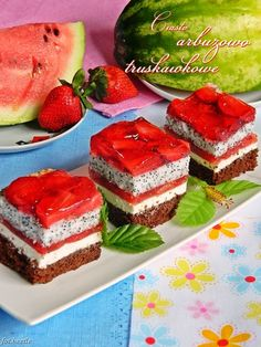 Apetyt i Smak: Arbuzowiec Traditional Cakes, Food Cakes, Delicious Desserts, Watermelon, Cake Recipes, Cheesecake, Muffin, Cupcakes, Sweets