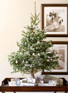 This is so simple and cute - especially as a tabletop tree to avoid a little toddler of mine trying to de-decorate it!