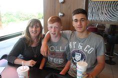 Alumno del programa de inglés en Irlanda, disfrutando de la estadía en Irlanda junto a la familia anfitriona.
