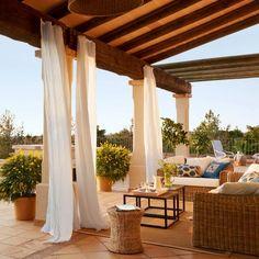 disegni cortile in stile spagnolo