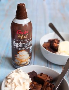 Elevate your #dessertgoals with Toasted Marshmallow Whipped Cream! Get your #CampfireFeeling at Sobeys, Freshco, Save-On-Foods, RCSS, Metro, and other retailers across Canada! Cookies Light, Save On Foods, Coconut Whipped Cream, Toasted Marshmallow, Banana Split, Whipped Topping, Frappe, Lactose Free, Natural Flavors
