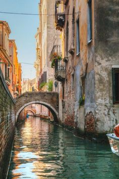 The city of Venice and its gondolas are associated with lovers. In it was born the most famous charmer of all, Giacomo Casanova