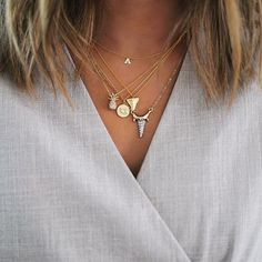 How to Layer Necklaces like This Stylin' Blogger