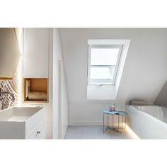 Bathroom! Photographed by @tomkurek_the_photographer   #gdynia  #poland  #instadeco  #instaarch  #interiorporn  #interiordesigning  #interiordesign  #stylishinterior  #luxuryspaces  #instadesign  #bathroomdesign  #archilovers  #designlife  #decor
