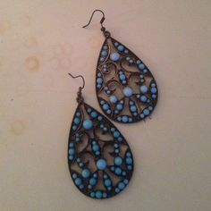 Bronze and Blue earrings Gorgeous bronze and blue earrings Forever 21 Accessories