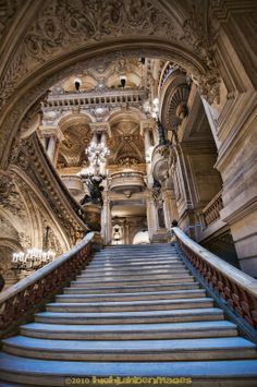 ♔  THIS STAIRWAY INSIDE THE OPERA HOUSE IN PARIS LEADS THE EYE UP TO THE BEAUTIFUL, INTRICATE CEILINGS, ARCHES AND BALCONIES.