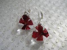Vivid Red Verbena Pressed Flower Glass by giftforallseasons