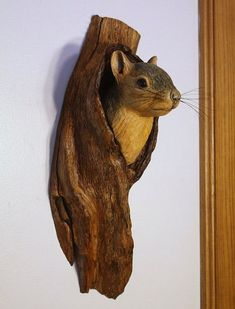 Wall Sculpture Squirrel Wood Carving Hand Carved by Mike Berlin of BerlinGlass on etsy Art Sculpture, Animal Sculptures, Wall Sculptures, Tree Carving, Wood Carving Art, Woodworking Articles, Woodworking Plans, Wood Animal, Wood Creations