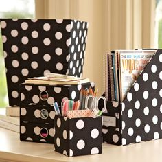 PB Teen-White Dot Hi-Grade Desk Accessories