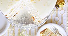 You still have time to whip up this AMAZING prosecco cake for tonight Still Have, Have Time, Prosecco Cake, Yummy Treats, Sweet Treats, Tasty, Baking, Desserts, Cakes