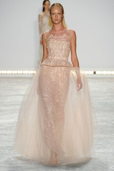 Monique Lhuillier Spring/Summer 2015 New York Fashion Week