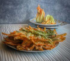 Frittomisto: cucina ed emozioni: Fiori di zucca fritti (ricetta di Carlo Cracco) Shrimp, Meat, Traditional, Drink, Food, Beverage, Essen, Meals, Yemek