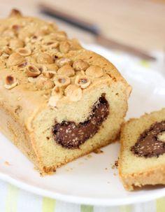 PLUMCAKE NOCCIOLINO CON RIPIENO A SORPRESA   Fatto in casa da Benedetta Homemade Sweets, Plum Cake, Mini Desserts, Banana Bread, Yogurt, Muffin, Cheesecake, Cookies, Baking