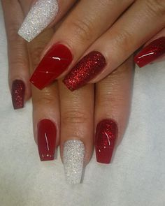 Acrylic color acrylic S Thanksgiving nails & Christmas nails ? Acrylic color acrylic S. Chistmas Nails, Cute Christmas Nails, Christmas Nail Art Designs, Xmas Nails, Holiday Nails, Christmas Christmas, Christmas Acrylic Nails, Christmas Glitter, Christmas Colors