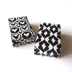 black and white heartic wrapping paper