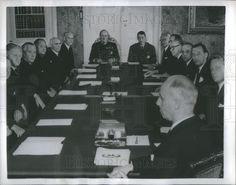 1957 Press Photo King Olav V of Norway and his cabinet council - Historic Images