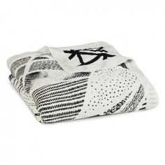 aden + anais Bamboo Dream Blanket Midnight Stylo - How do you make sweet dreams? Start with natural, gentle bamboo fiber muslin – the fabric moth Muslin Baby Blankets, Plush Baby Blankets, Laura Ashley, Aden Et Anais, Dream Blanket, Newborn Nursery, Black And White Prints, Black White, Thing 1
