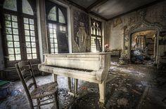 Missing Pianoman by Niki Feijen on 500px