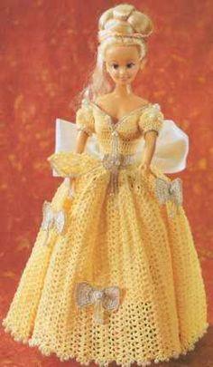 Robe de barbie au crochet www.chezmicalou.com