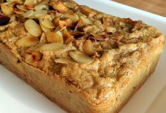 bolo de maçã praticamente só com farinha de linhaça e ovo