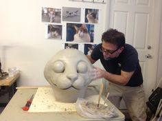 BUILDING A PAPER MACHE CAT HEAD