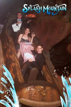 These Epic Roller Coaster Photos Are Hilariously Staged  8 - https://www.facebook.com/diplyofficial