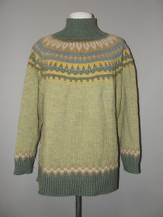 Amazing Greens, Vintage Clothing Stores, Green Print, Cozy Sweaters, Vintage 70s, Vintage Outfits, Men Sweater, Clothes, Fashion