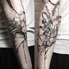 ❤ By artist ↪ @tattooer_nadi #tatouage #tatouages #tattoo #tattoos #artwork #tattooworkers #ink #inkart #encre #instaart #instaartist #instatattoos #tattooflash #illustration #tatts #bodyart #art #arttattoo #tattooart #tattoolife #pictureoftheday #picoftheday #tattoooftheday #drawing #painting Pour partager votre travail : #mistikriktattoo Submit your work : #mistikriktattoo