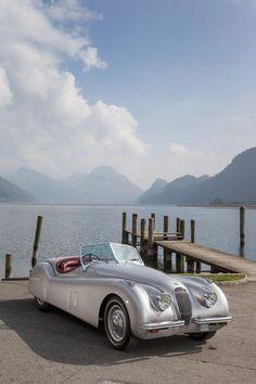 Jaguar – One Stop Classic Car News & Tips Jaguar Roadster, Jaguar Cars, Vintage Motorcycles, Cars Motorcycles, Automobile, Jaguar Xk120, Best Classic Cars, Unique Cars, Amazing Cars