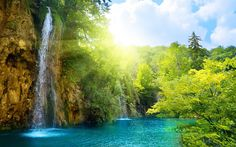 High quality blue lake high waterfall photo wallpaper for walls. Customized landscape lake scenery wall mural for home or commerce. Natur Wallpaper, Wallpaper Free, Forest Wallpaper, Photo Wallpaper, Paradise Wallpaper, Bright Wallpaper, Amazing Wallpaper, Windows Wallpaper, Summer Wallpaper