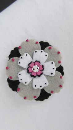 Felt Flower Hair Clip / Brooch Pin in Fushia by BloomsbyBecca