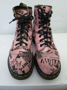 RARE Vintage Dr Doc Martens Bubblegum Pink Newsprint VHTF UK6 Boots Martins UK |  #pink ☮k☮ #rosa
