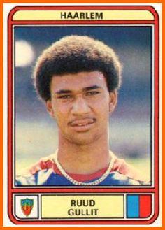RUUD GULLIT Gioco' con l'Haarlem dal 1979 al 1982 segnando 31 gol in 91 partite prima di passare al Feyenoord. Segna il primo gol il 20 gennaio 1980, siglando al 25' il gol dell' 1-1 tra Haarlem e Den Haag aveva 19 anni.