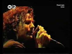 Pearl Jam - Better Man (Santiago) - YouTube