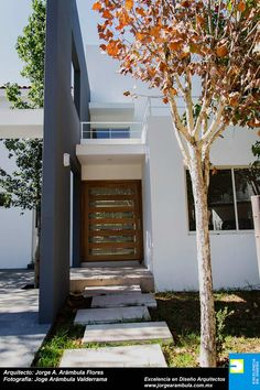 Maisons de style de style Moderne par Excelencia en Diseño