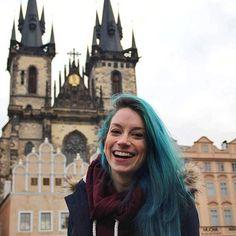 Fico faceira mesmo com tanta belezura em Praga!! Uma dashellip
